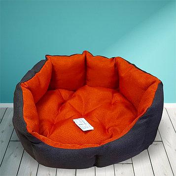 Лежанка для кошек и собак