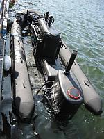 Жестко - надувная лодка для доставки боевых пловцов SUBSKIMMER
