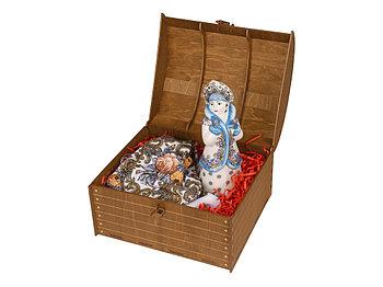 Подарочный набор Снегурочка: скульптура , платок