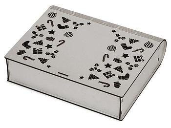 Деревянная коробка с резной крышкой Книга, L