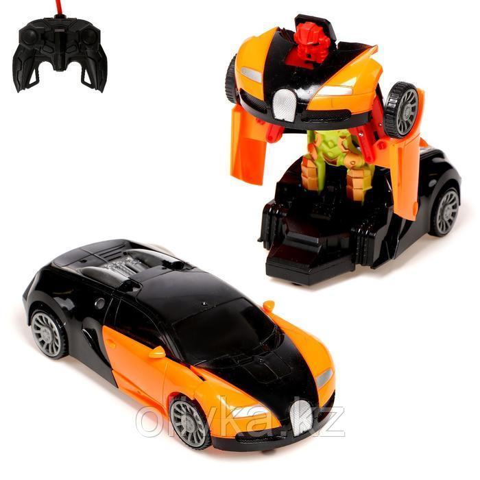 """Робот радиоуправляемый """"Спорткар"""", трансформируется, работает от батареек, цвета МИКС"""