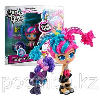 Игровой набор CURLI GIRLS Кукла Модница Милли с чёрным котёнком Вог