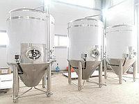 Цилиндро-конический танк для пива и кваса ЦКТ 2000 литров