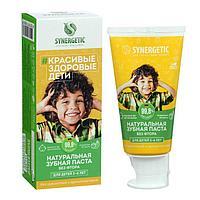 Детская зубная паста Synergetic «Клубничка и банан», от 3 до 6 лет, жёлтая, 50 г