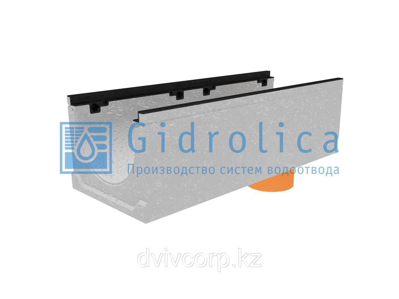 Лоток водоотводный бетонный коробчатый (СО-300мм), с чугунной насадкой с водосливом КUв 100.39,9 (30).31(24) -