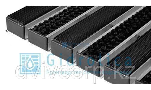 Придверная решетка Gidrolica Step - резина+щетка 390х590мм