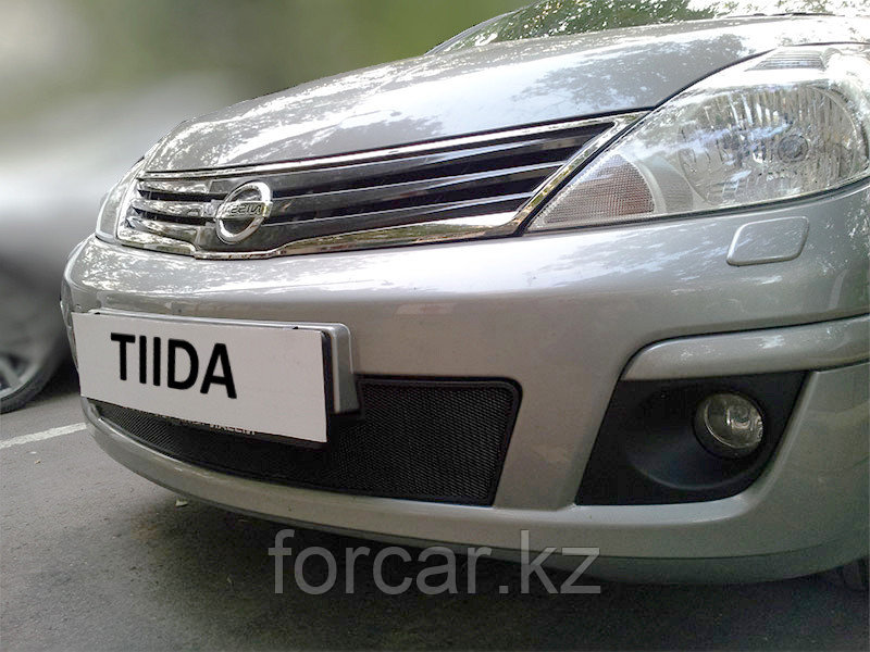 Защита радиатора Nissan Tiida (рестайлинг) Седан 2010 — 2013 black
