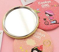 Подарок - Корейское карманное зеркальце.