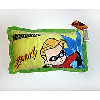 Подушка интерьерная Суперсемейка желто-зеленая