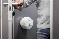 Диспенсер для туалетной бумаги в мини-рулонах Tork SmartOne, белый 681000, фото 3