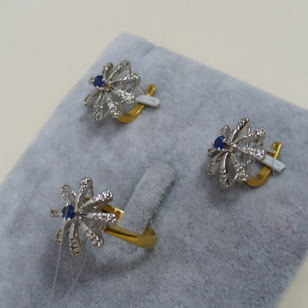 Золотой комплект с сапфиром и бриллиантами - фото 2