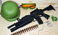 Военный набор с м16 в сетке S.W.A.T. с аксесс. 43*16см