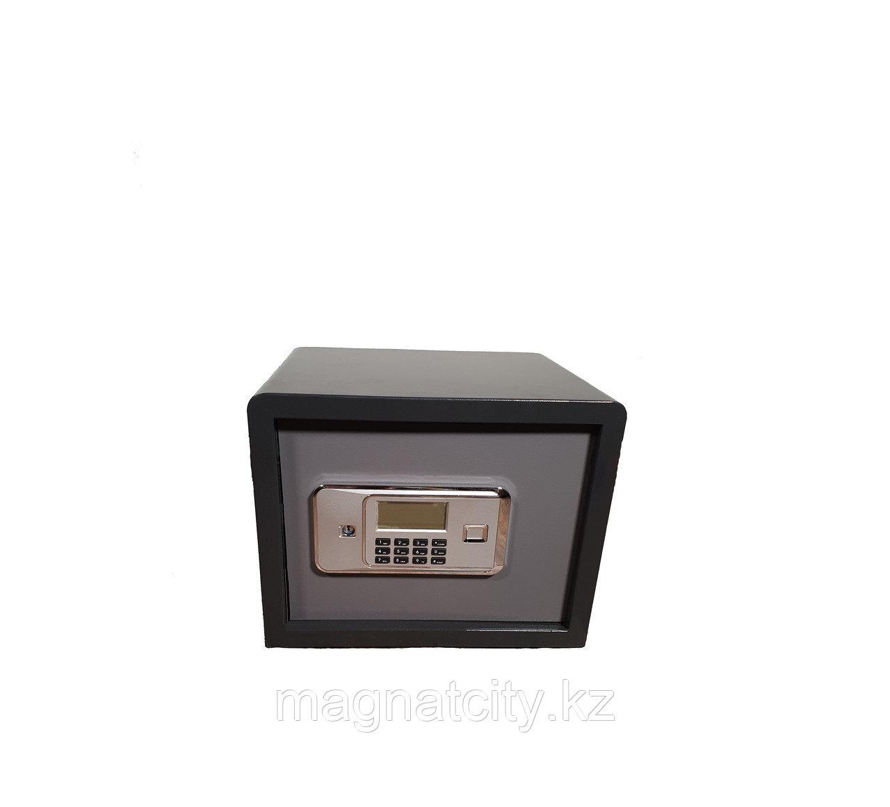 Сейф мебельный 30GB (30*38*30см, 13кг.)