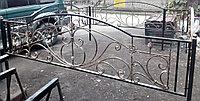 Металлические ограды на кладбище, фото 1