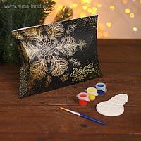 Ёлочное украшение под раскраску «Снеговик» с подвесом, краска 3 цв по 2,5 мл, кисть, уценка