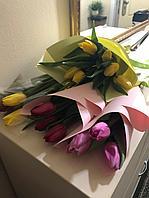 Брендированный букет из тюльпанов