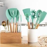 Премиальный набор кухонных принадлежностей из бамбука и силикона с подставкой 7 в 1