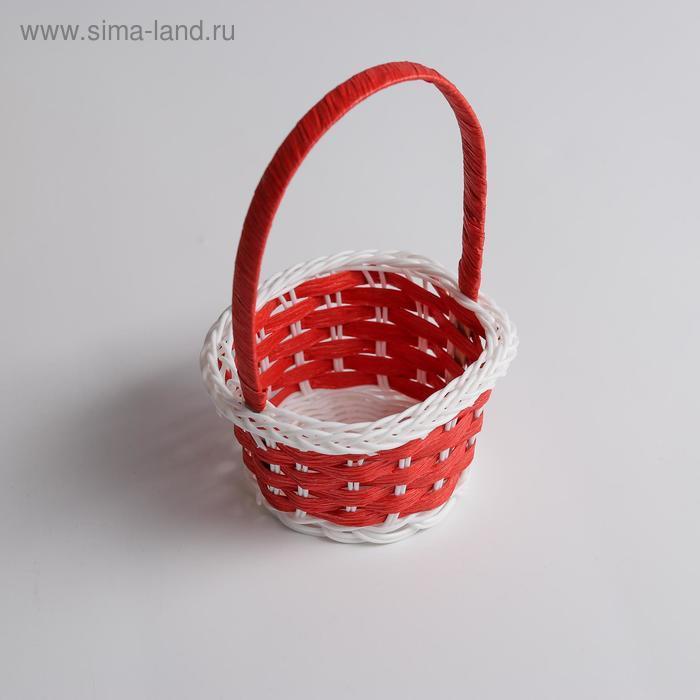Миниатюра кукольная - корзинка, цвет красный с белым - фото 2