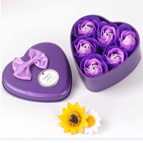 Уценка (товар с небольшим Ароматизированное мыло для ванны Розы с лепестками 6 шт фиолетовый набор., фото 2