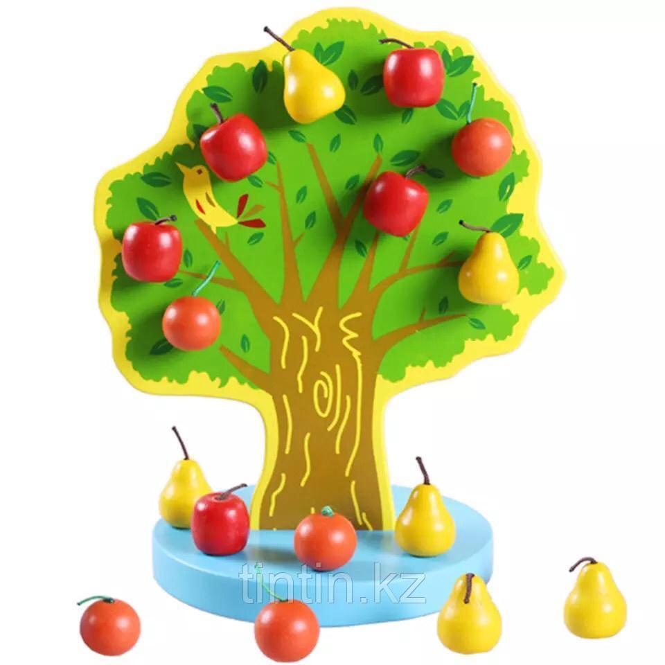 Фруктовое дерево с плодами на магнитах