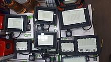 Автономные уличные фонари освещения на солнечных батареях 30В