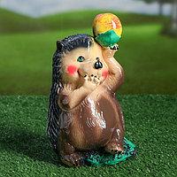 """Садовая фигура """"Ёж с яблоком на голове"""", коричневый цвет, 23 см"""