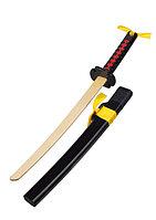 Деревянные мечи и щиты