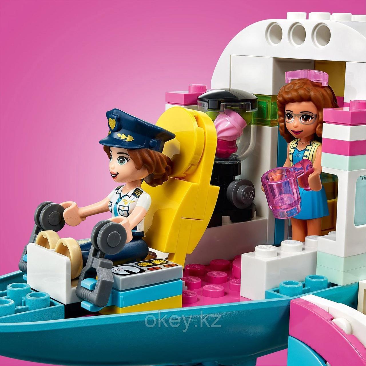 LEGO Friends: Самолёт в Хартлейк Сити 41429 - фото 10