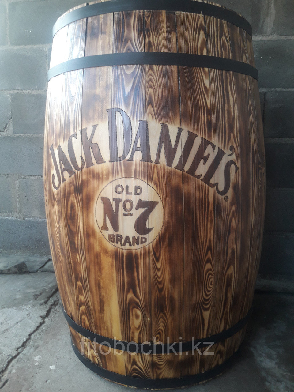 "Деревянный стол-бочка ""Jack Daniel's"""