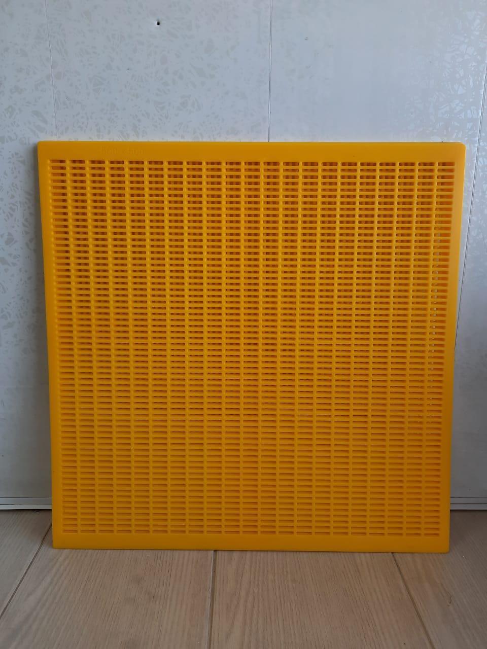 Решетка разделительная для пчел 50х50