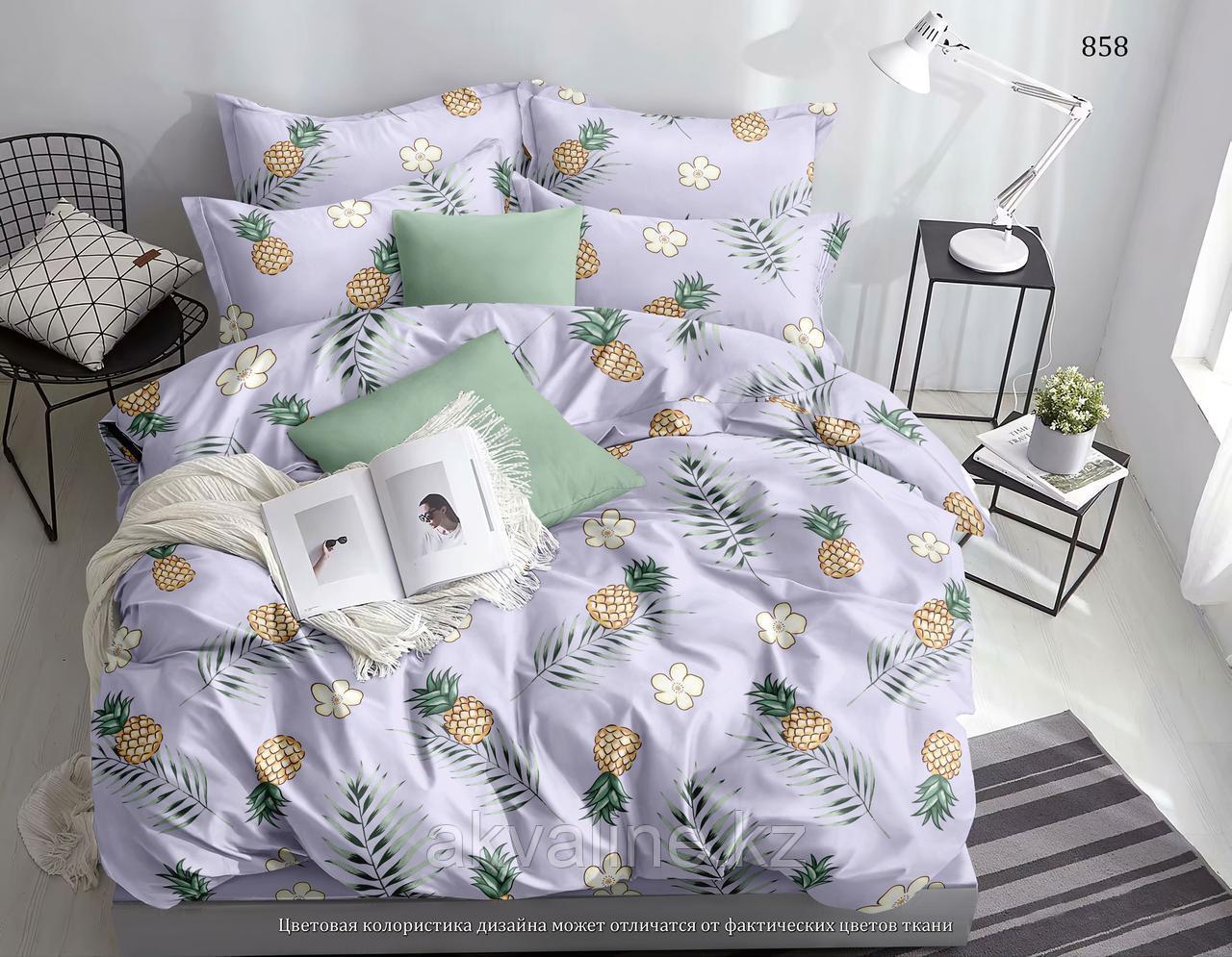Цветы и ананас