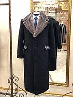 Мужское драповое пальто с именной вышивкой
