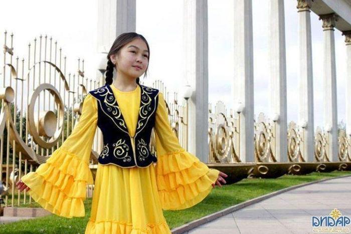 Детское платье с камзолом