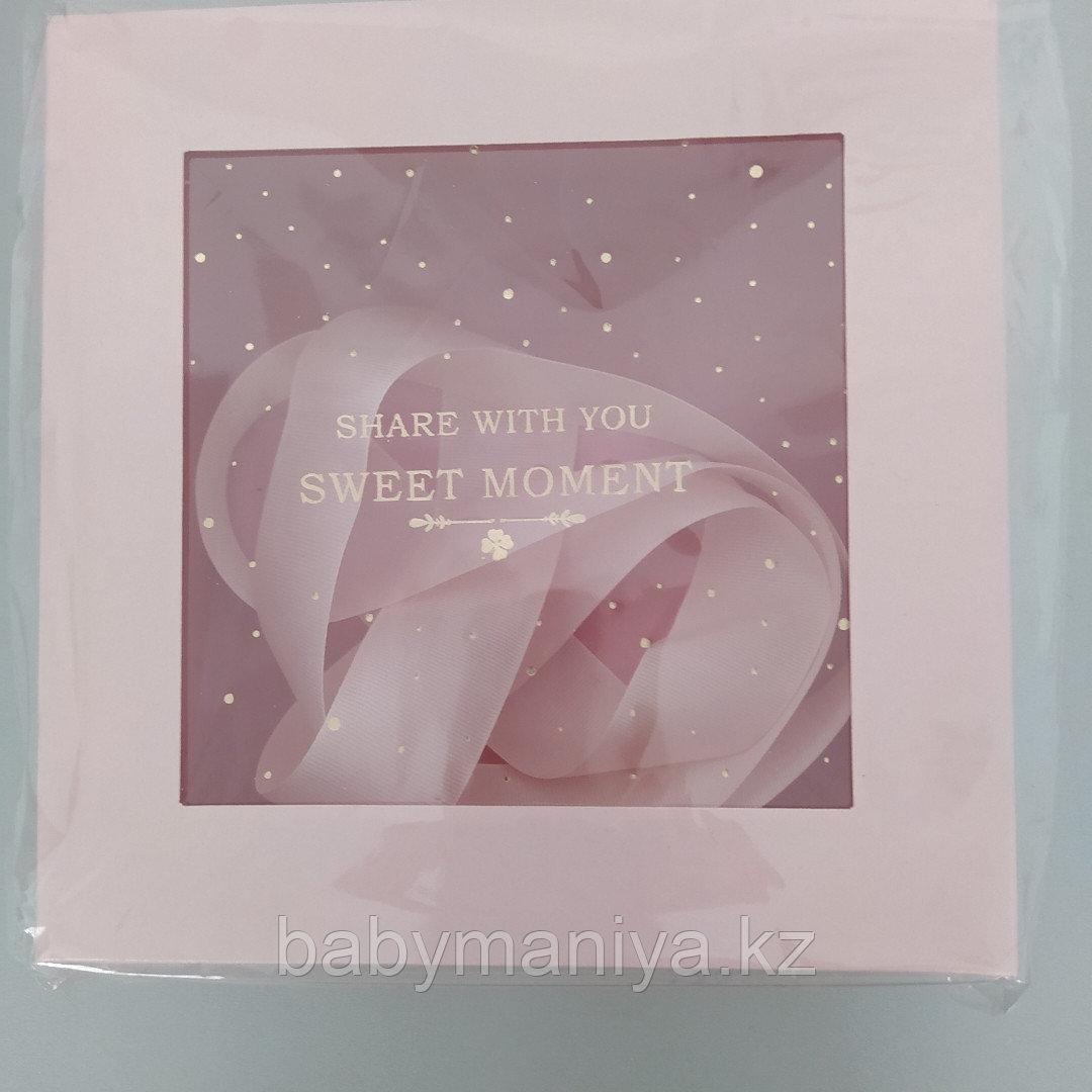 Подарочная коробочка 20*20 см розовый