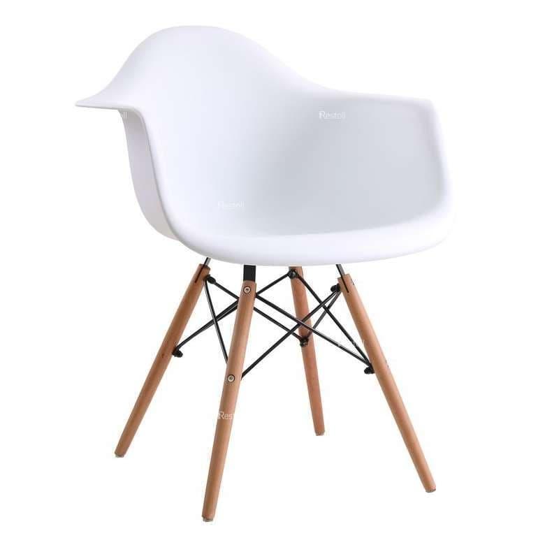 Стул с подлокотниками Eames Wood белый