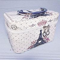 Косметичка-чемоданчик. Эйфелевая Башня.
