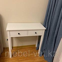 Туалетный столик, комод, тумбочки