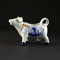 Голландский молочник в виде коровы. Фарфор, ручная работа.