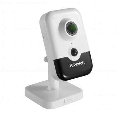 HiWatch DS-I214(B) (2.8mm) IP камера кубическая