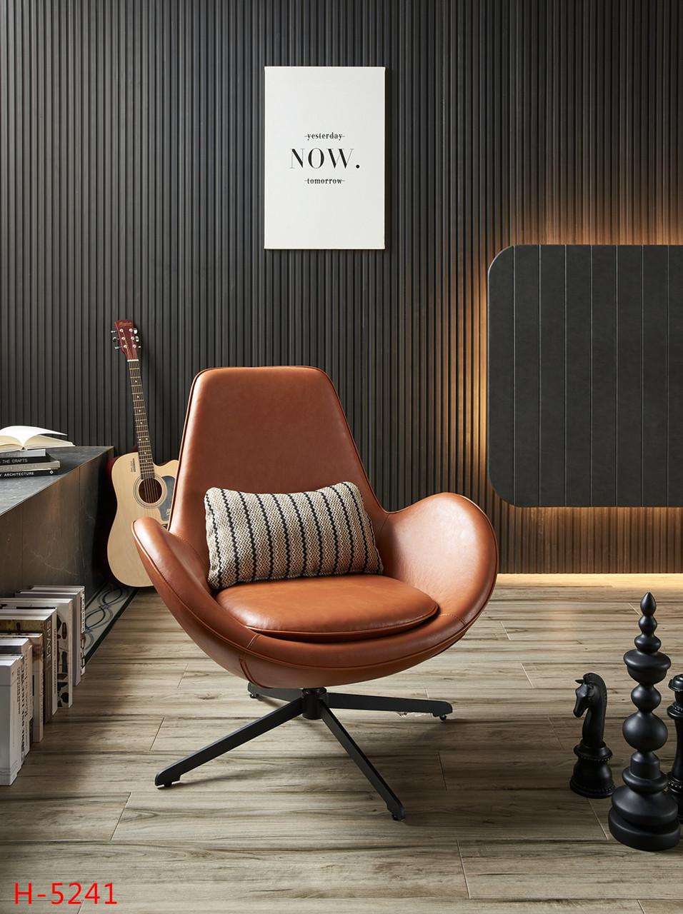 Дизайнерское кожаное кресло (коричневое)