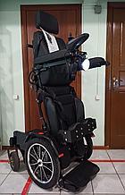 Инвалидная электрическая коляска с вертикализатором, мощность моторов 350w*2 (700w), аккум. 24v  40A/H.