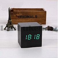 Настольные цифровые часы с будильником от сети и электрические с календарем под дерево квадрат черные