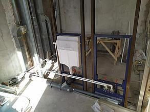 Монтаж инсталляции с усилением, разводка холодной/горячей воды