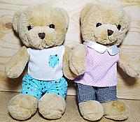 Мишка коричневый костюмчик и платье,(мал дев)28 см,