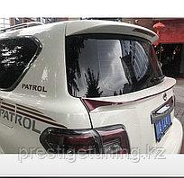 Спойлер под стекло на Nissan Patrol Y62 2010-19