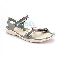 Женские сандалии серого цвета CROCS Women s Swiftwater Webbing Sandal 35 (W5)