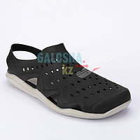 Мужские водные сандалии черного цвета CROCS Men's Swiftwater Wave 39 (M7)