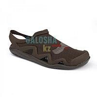 Мужские сандалии темно-коричневые Crocs Men's Swiftwater Mesh Wave Sandal