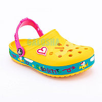 Детские желтые сабо Crocs Hello Kitty Plane Clog Carnation