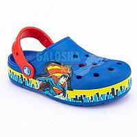 Синие сабо для мальчиков CROCS Kids Fun Lab Superman Lights Clog